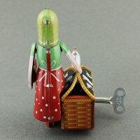Blechspielzeug - Rotkäppchen aus Blech - zum aufziehen